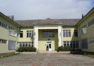 Долинський районний суд
